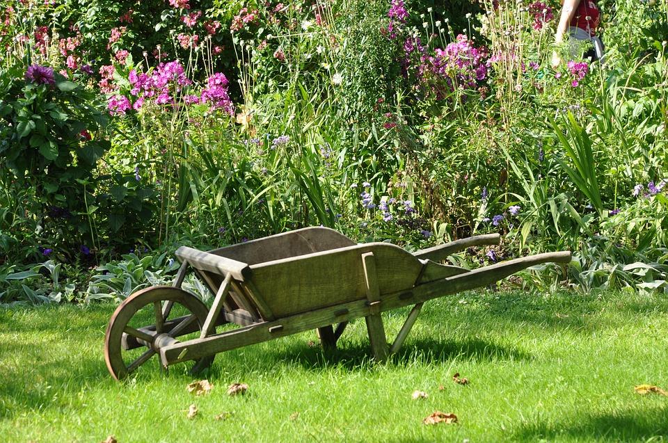 Prix D Un Paysagiste coût et prix d'un paysagiste ou jardinier pour entretien jardin